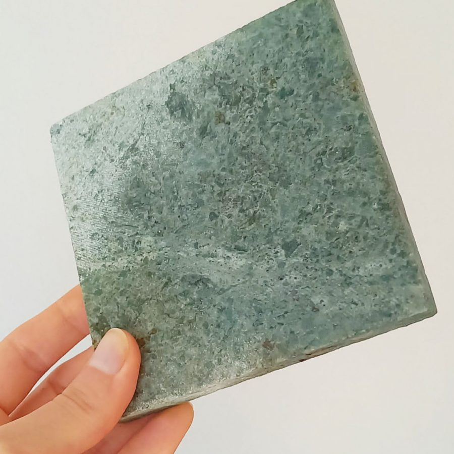Example of colour Green Stone Sukabumi - 10x10. Dry on the left, wet on the right