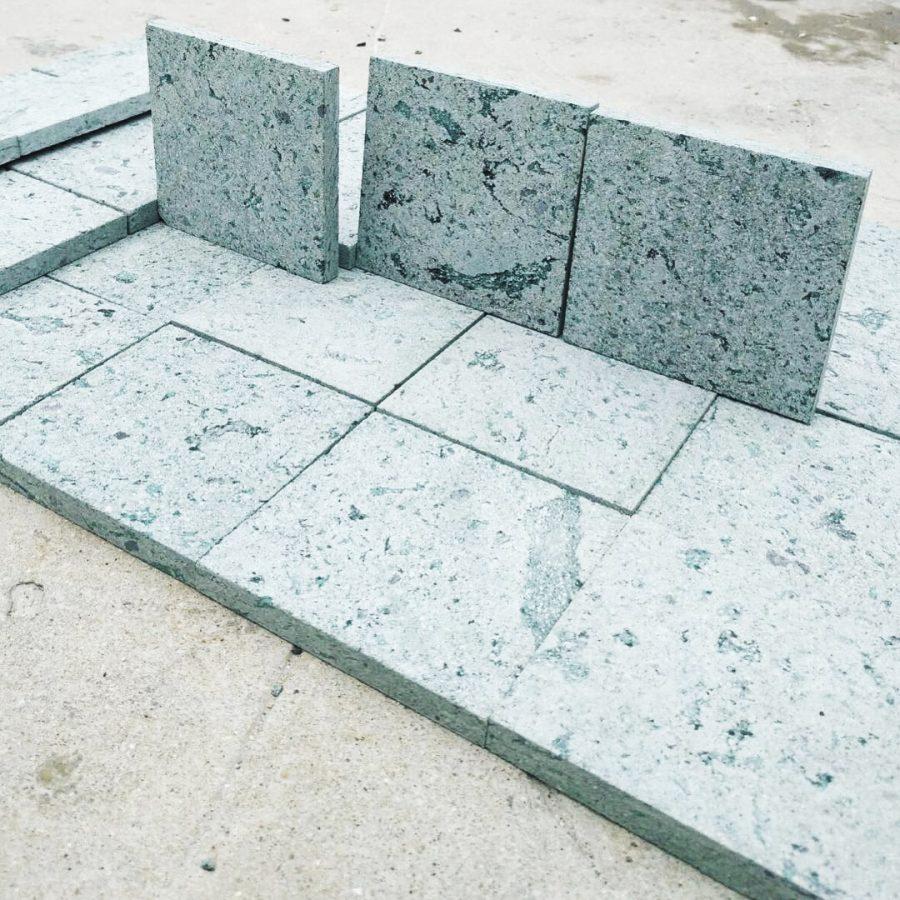 Green stone SUKABUMI crystal10X10X1 - dry 1